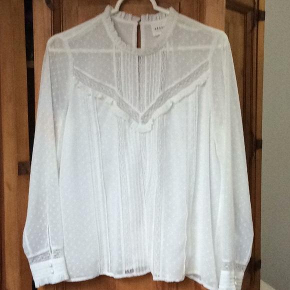 d5ae37a345d70 Sezane Silk Lace Shirt. M 5c0c1c4604e33dbc3786b87b